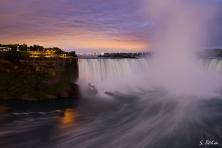 Die Horseshoe Falls im Sonnenuntergang ...